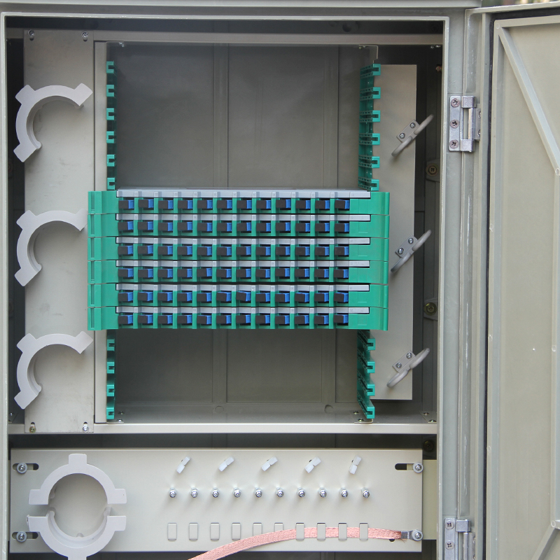 Floor-Standing 72 Core Optical Cable Transfer Box